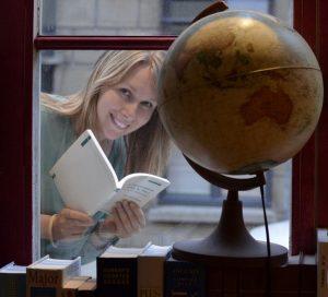Подписаться на письма от писателей | Вдохновить на роман