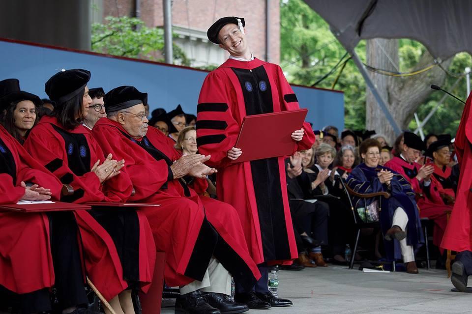 Текст речи Марка Цукерберга перед выпускниками Гарварда | Вдохновить на роман