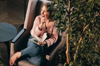 Уроки писательства и сторителлинг Екатерина Оаро | Вдохновить на роман