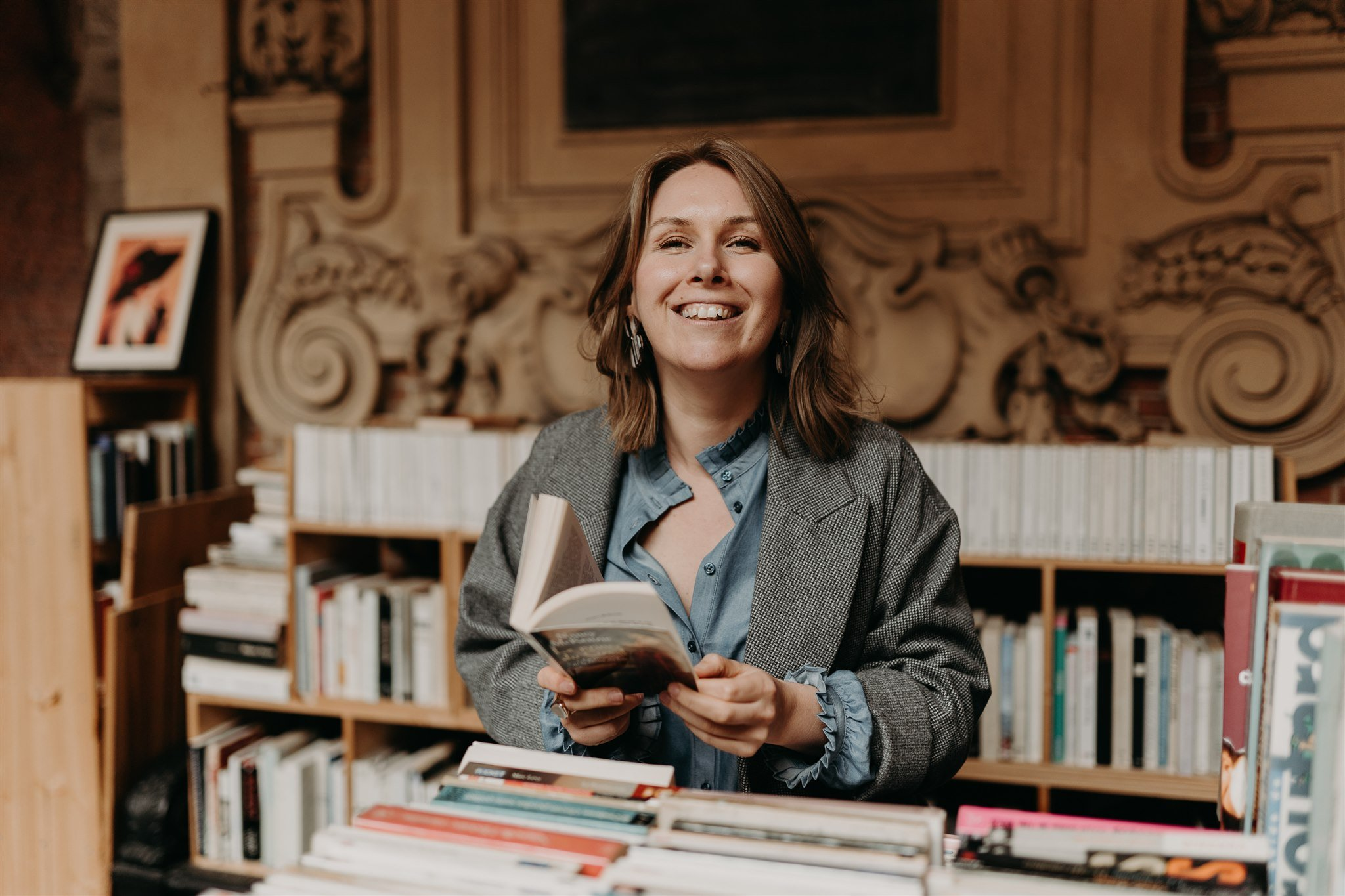 ekaterina-hoarau-at-bookstore
